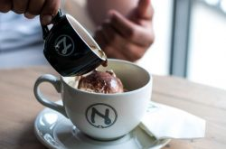 Nuk Café ត្រលប់មកវិញហើយជាមួយនឹងការថែមជូនពិសេស