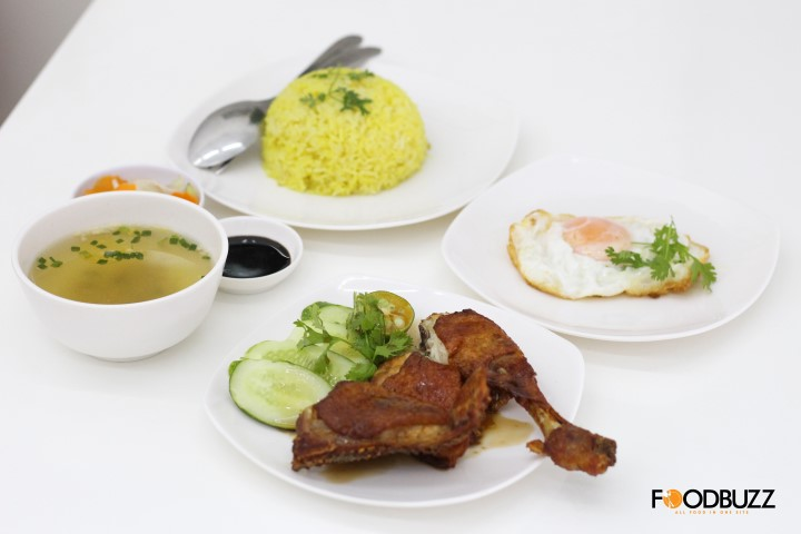 just in time, need a new place for chicken rice, go for this one!