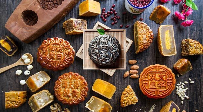 Interesting and Unique Mooncake Flavors You Can Find in Phnom Penh!