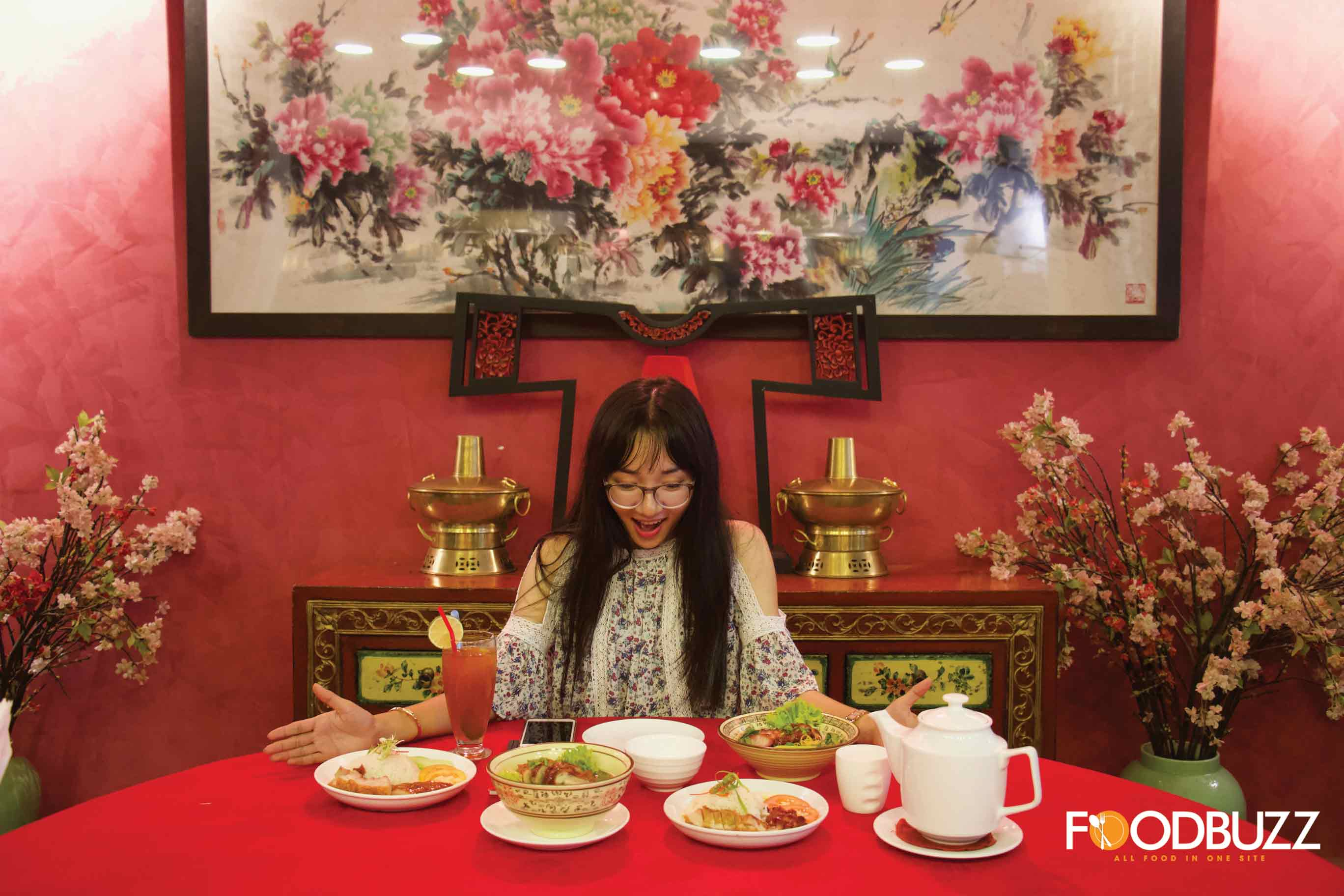 Enjoy your meal like an emperor in Chinese movie/drama